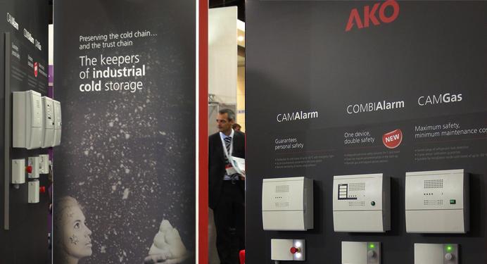 Branding y diseño gráfico de stand para AKO en Chillventa, la feria internacional del sector tecnológico del frío industrial.